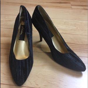 Vintage Black Velvet High Heels Pointed Toes Sz 7